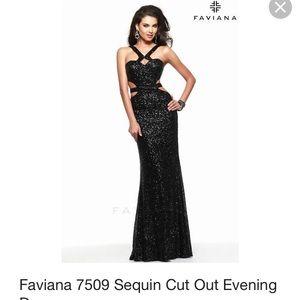 Black sequin PROM dress.